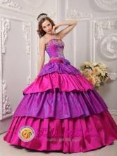 Gomez Palacio Mexico Wholesale Multi-color Cake Ball Gown Strapless Floor-length Taffeta Appliques with Bow Band  Style QDZY082FOR