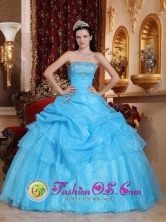 Aqua Blue Appliques Decorate Organza Sweet Quinceanera Dress With Strapless Floor-length for Formal Evening In San Pedro Costa Rica Style QDZY549FOR