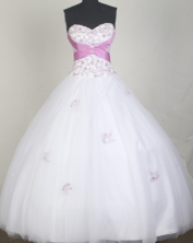 Elegant Ball Gown Sweetheart Neck Floor-length White Quinceanera Dress LZ426030