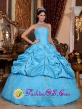 Chanchamayo Peru Customize Perfect Beaded Decorate Aqua Blue wholesale Quinceanera Dress With Exquisite Beaded Strapless Neckline Style QDZY649FOR