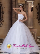 Chulucanas Peru Embroidery 2013 Strapless  White Satin and Tulle Ball Gown wholesale Quinceanera Dress Style QDZY171FOR