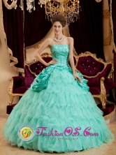 Espinar Peru Apple Green wholesale Quinceanera Dress Strapless Taffeta and Organza Ruffles Layered and Ruched Bodice Ball Gown Style QDZY005FOR