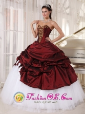 Huamachuco Peru White 2013 wholesale Quinceanera Dress Taffeta and Tulle Appliques Burgundy For Graduation Sweetheart Ball Gown Style PDZY316FOR