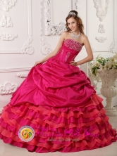 Huancavelica Peru Hot Pink Beaded Decorate Strapless Neckline Ball Gown Quinceanera Dress Floor-length Ball Gown For 2013 Style QDZY026FOR
