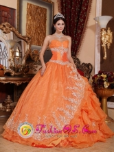 Ilo Peru Gorgeous Orange Red wholesale Quinceanera Dress Sweetheart Organza Beading Ball Gown For 2013 Summer Style QDZY308FOR