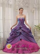 Jaen Peru Customer Made wholesale Appliques Decorate Bodice Informal Purple and Fuchsia Sweet 16 Dress Strapless Taffeta Ball Gown Style QDZY313FOR