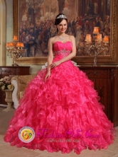Pisco Peru 2013 Stylish Hot Pink Rdffles Beading and Ruch Sweetheart wholesale Quinceanera Dress With Organza Ball Gown Style QDZY304FOR