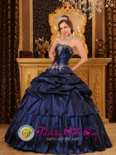 Tacna Peru Navy Blue Taffeta Strapless 2013 wholesale Quinceanera Dress with Appliques and Beading Decorate Style QDZY104FOR