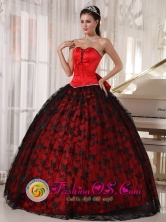 Black and Red Quinceanera Dress Lace and Bowknot Decorate Bodice Sweetheart Tulle and Taffeta Ball Gown for Sweet 16 In San Pedro Sula Honduras Wholesale Style PDZY763FOR