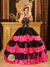 Inexpensive Stars Decorate Multi-color Strapless Taffeta Ball Gown For 2013 Puerto Cortes Honduras Quinceanera  Wholesale Style QDZY059FOR
