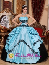 Spring Simple Baby Blue and Black Gorgeous Quinceanera Dress With Appliques Custom Made In Trujillo Honduras Wholesale  Style QDZY510FOR