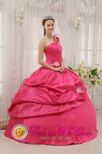2013 Turbo Colombia Wholesale Modern Hot Pink Stylish Quinceanera Dress With One Shoulder Neckline Beading and Pick-ups Decorate Style QDZY475FOR