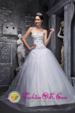 Beaded Decorate Bodice Tulle Sweet White Quinceanera Dresses for Military Ball INWarnes Bolivia Wholesale Style WDML019FOR