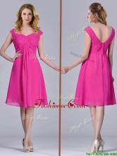 Hot Pink Empire Knee-length Chiffon Ruching Short Dama Dress for Graduation THPD277FOR