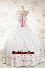 2015 Cheap Strapless Quinceanera Dresses with Appliques FNAO670FOR