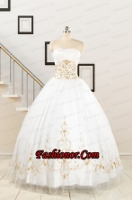 2015 Spring Sweet Beading White Quinceanera Dresses FNAO089FOR