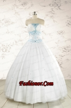2015 Beautiful Appliques and Beading White Quinceanera Dresses FNAO091FOR