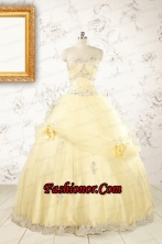2015 Cute Beading Light Yellow Quinceanera Dresses FNAO129FOR