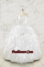 Classical White Quinceanera Dresses with Beading and Ruffles FNAO5897FOR