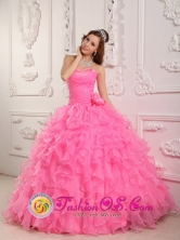 Romantic Sweetheart Rose Pink Organza Beading Ball Gown  Quinceanera  For Spring In Gracias Honduras  Style QDZY142FOR