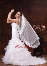 Lace Appliques Tulle Graceful Wedding Veil HM1685FOR