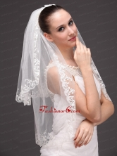 Lace Appliques Two Tier Tulle Graceful Wedding Veil HM60080FOR