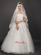 Perfect Lace Appliques Edge Organza Wedding Veil UNION29T02FOR