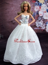 Elegant White Gown With White Lace And Bowknot Made To Fit The Quinceanera Doll Babidf063for