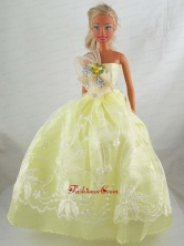 Yellow Green Beautiful Gown With Embrodery Dress For Quinceanera Doll Babidf319for