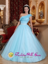 Summer Stylish Light Blue Princess Quinceanera Dress For Sweet 16 With One Shoulder Neckline In Resistencia Argentina Style QDZY588FOR