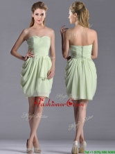 Popular Ruched Decorated Bodice Short Dama Dress in Yellow Green THPD116FOR